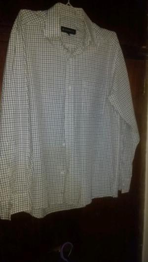 Camisas de hombre, nuevas,sin uso. Otras exc est.