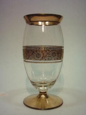 Jarrón De Cristal De Bohemia Grabado Con Oro