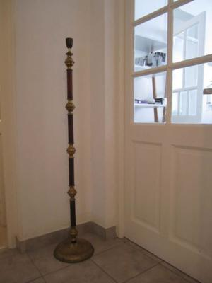 Lampara de Pie Antigua En Bronce y Madera - 135cm de altura