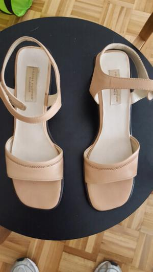 Sandalias Hush Puppies talle 38