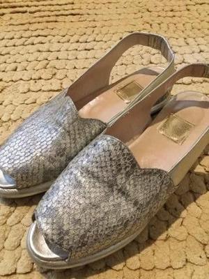Sandalias con plataforma color platil