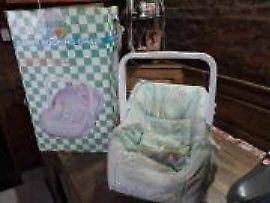 Vendo silla mecedora para bebé, usada en muy buen estado.