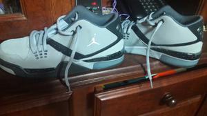 Zapatillas puma grises