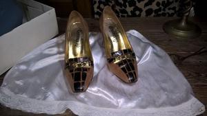 Zapatos De Gamuza Y Charol Numero