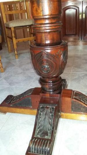 mesa y 6 sillas antiguas