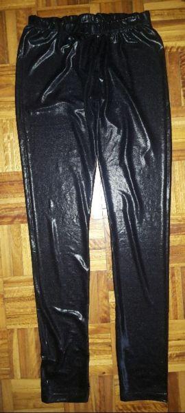 Calza negra engomada sin uso