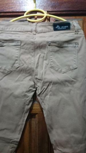 Pantalón de gabardina elastizado