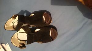 Sandalias de gamuza usados
