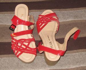 Sandalias hermosas HUIJA casi sin uso