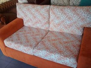 Sillon de 2 cuerpos tapizado en chenille