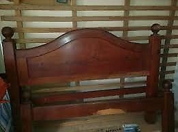 2 camas de algarrobo