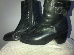 Botas de cuero negro N° 38