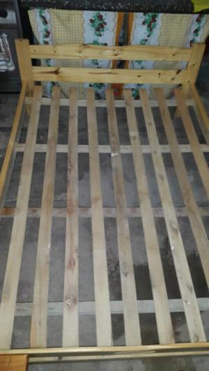 Cama de pino