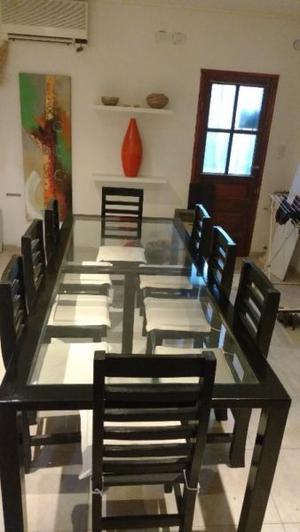 Muebles A.M. juego de mesa y 8 sillas con almohadillas..: