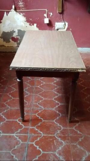 VENDO mesa ratona de madera, con revestimiento símil