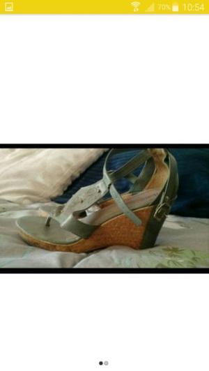 Zapatos con taco chino, color verde!!