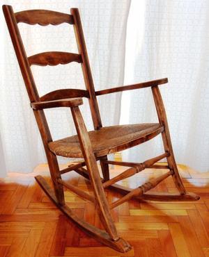 Mecedora de madera con esterillas estilo posot class - Sillon estilo provenzal ...