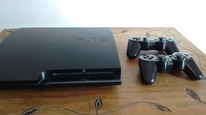 Ps3 slim 160GB 2 joysticks + 11 juegos + camara y move