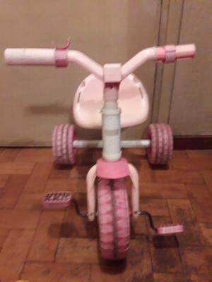 Triciclo para nenas