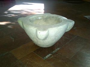 mortero de marmol de carrara, muy antiguo