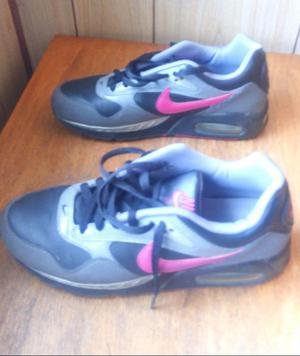 vendo zapatillas de cuero Nike originales con cámara de