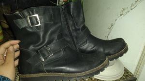 Vendo o permuto, botas negras,n.36