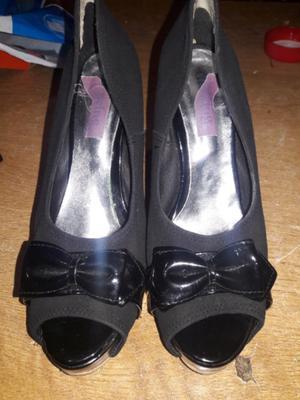 Vendo zapatos excelente estado como nuevos