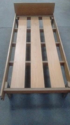 Cama 1 plaza madera.