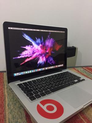 MacBook Pro con poco uso.