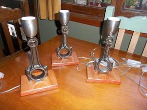 Veladores de biela con base demadera