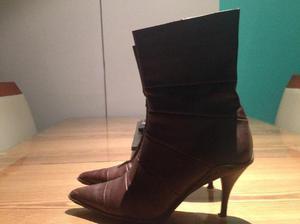 la plata- vendo botas color marron numero 38 casi nuevas-