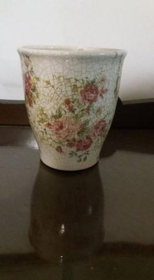 Macetas de ceramica/latas usadas