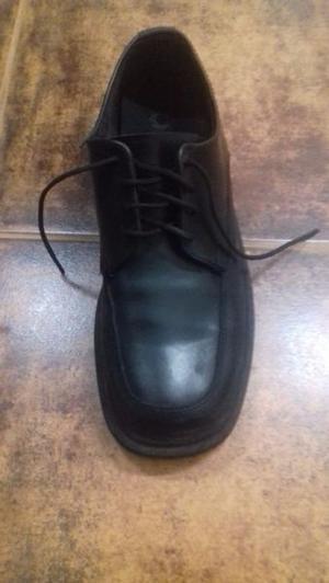 Me Compras ?? Soy Un Par De Zapatos De Vestir Para Hombre