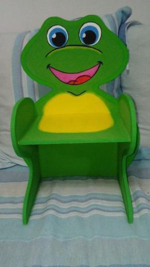 Mesa y sillas infantles pintadas a mano!!!!imperdible Dia