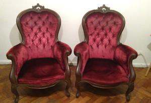 Par de sillones coloniales antiguos