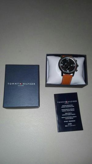 Vendo Reloj Tommy Hilfiger Original.