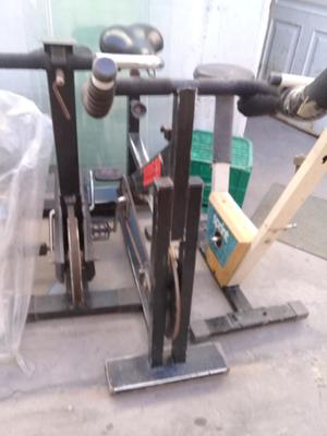 Vendo urgente lote de 3 bicicletas y 3 cintas