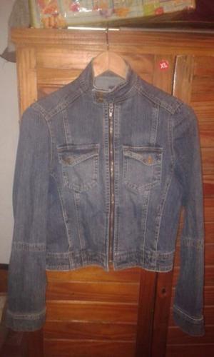 campera de jeans mujer ajustada al cuerpo marca bronco usada