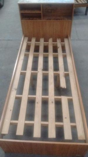 Cama 1p madera, con respaldo repisa