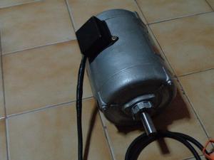 Motor eléctrico trifásico 1,5 CV