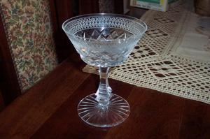 copas antiguas de cristal talladas