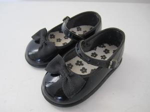 zapatos de charol con moño para bebe (talle cm)