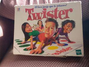 Juego De Mesa Twister Version Original De Hasbro Posot Class
