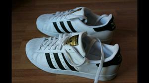 Vendo Adidas Superstar, casi sin uso