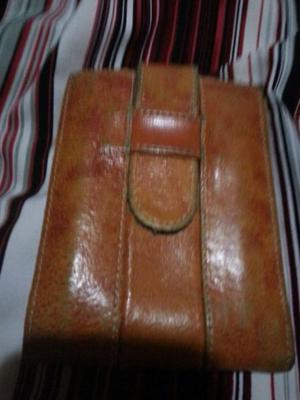 Vendo billetera de cuero original