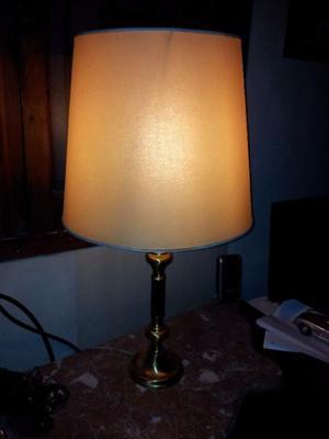lampara de bronce antigua funciona