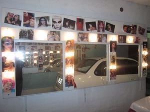 paneles espejos con luces ideal para camarines y peluquerias