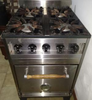 Cocina industrial EG 4 hornallas, horno pizzero. IMPECABLE