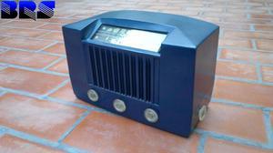 Radio antigua RCA Victor, excelente estado y funcionando