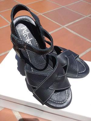 Sandalias de Cuero, Petroleo, color negro, 39